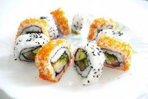 zelf sushi maken all you can eat sushi california maki nigiri tamago